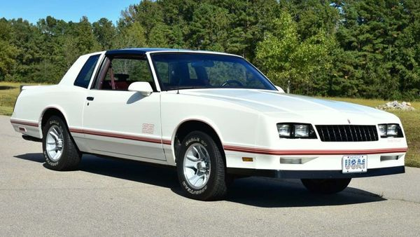 Flashback To The '80s In This T-Top 1987 Chevrolet Monte Carlo