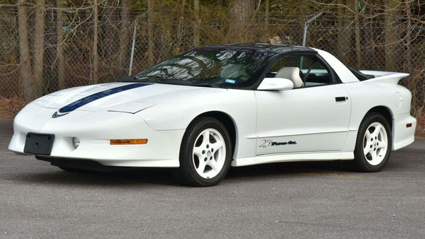 Rack Up Miles In This Rare 25th Anniversary 1994 Pontiac Trans Am