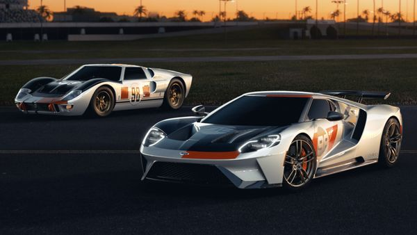 2021 Ford GT Heritage Edition Celebrates 1966 Daytona Win