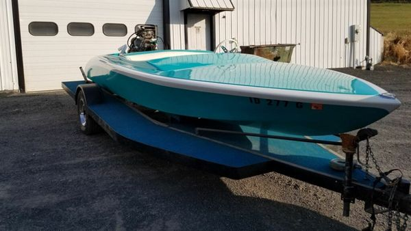 Cruise The Water In A 1965 AquaCraft 17-Foot Boat