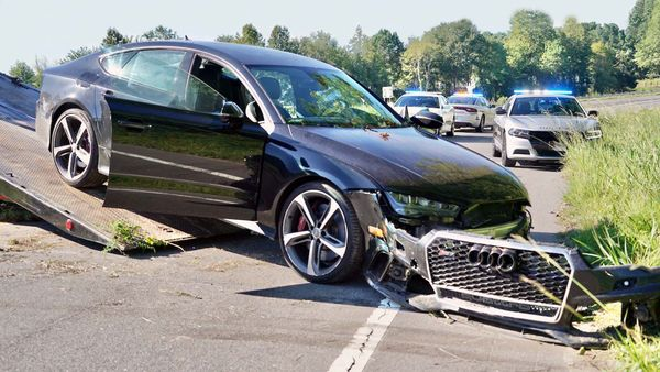 Show-Off Driver Crashes New Audi RS 7 After Hitting Speeds Of 187 MPH