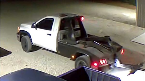 Tow Trucks Sought In Texas Camaro Thefts