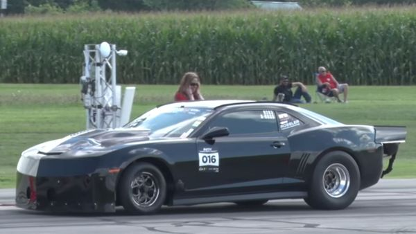This Camaro Posts Crazy Half-Mile Times