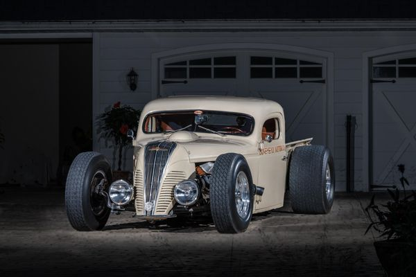 Early Hemi-Powered 1940 Dodge VF-32 Hot Rod