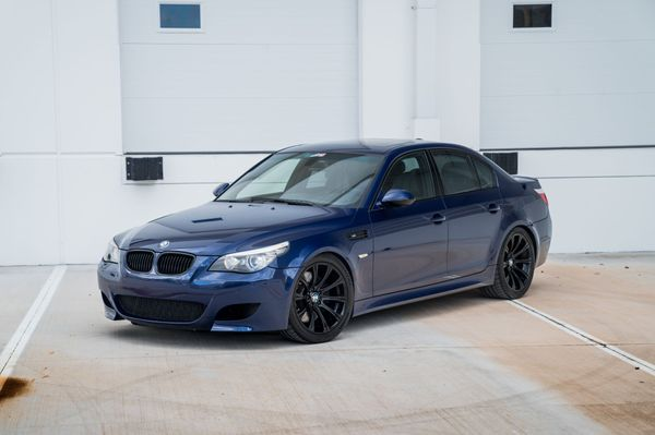 V10 With a Manual: 2010 BMW E60 M5