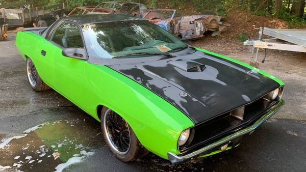 This 2001 Camaro Is A '70 'Cuda Clone