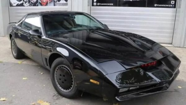 David Hasselhoff's Knight Rider Trans Am Is Being Auctioned