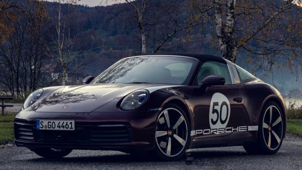 Expert Offers Insights On Porsche 911 Targa Heritage Edition