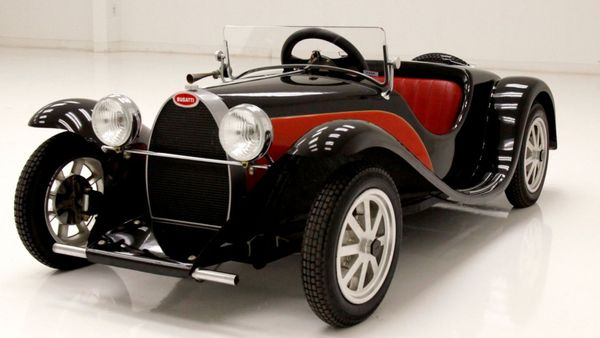 Kids Roll Hard In A 1935 Bugatti Junior Type 55